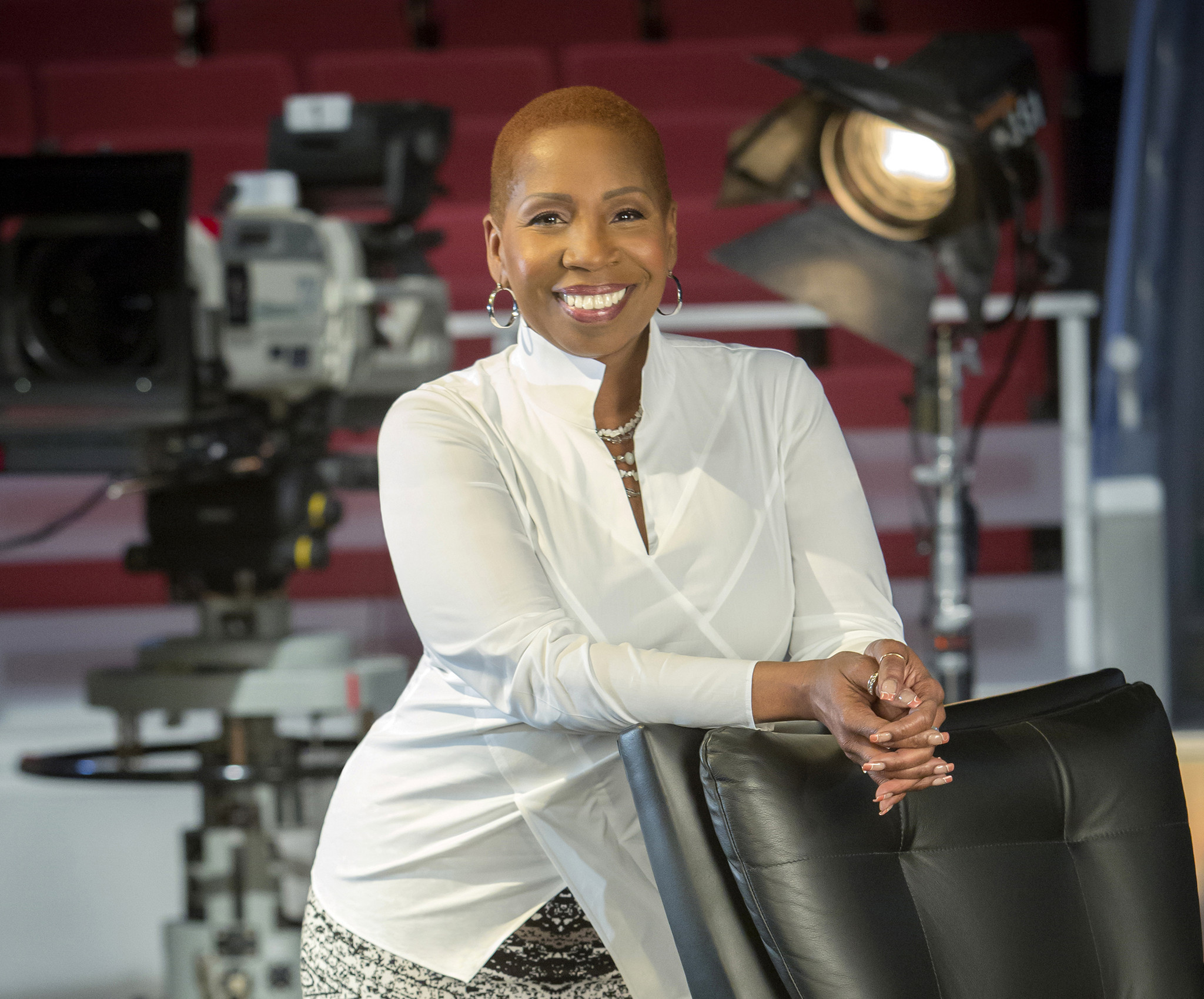 who is iyanla vanzant dating Who is iyanla vanzant  spiritual men sine cera meaning hot single woman fortunately, some good christian dating sites offer an opportunity for christians to meet other christian singles.