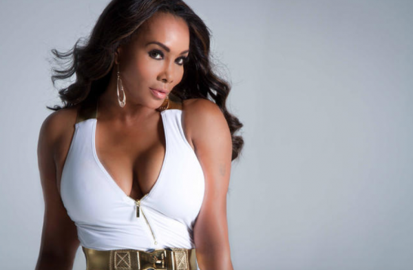 vivica-fox-that-grape-juice-2016-8900000