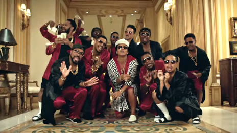 Bruno Mars Blasts To#1 On iTunes With '24k Magic' / Video Tops 10 Million Views In 1 Day