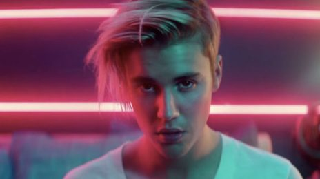 Justin Bieber Announces New Single '2U'