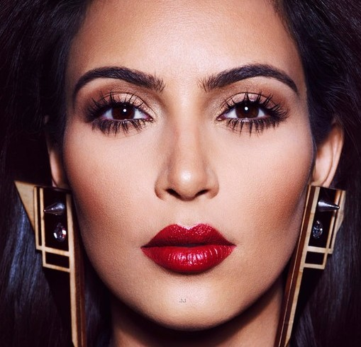 kim-kardashian-covers-hautemuse-magazine2