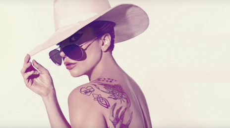 Lady Gaga Hits #1 On iTunes With 'Million Reasons'