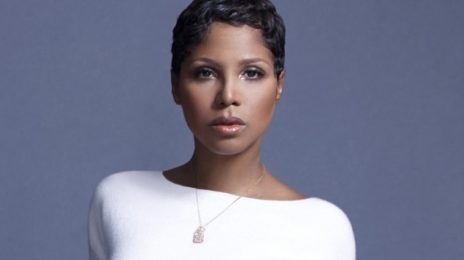 Toni Braxton Home After Hospitalization