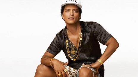 Watch: Bruno Mars Jams In Japan With '24k Magic'