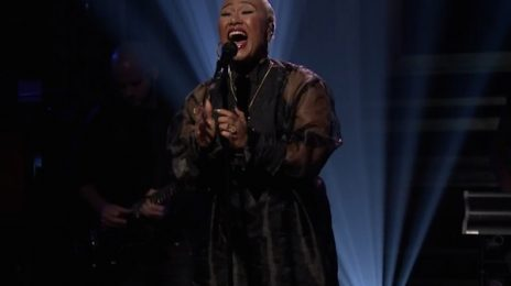 Watch: Emeli Sande Soars On 'Fallon' With 'Hurts'