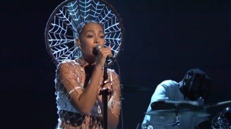 Watch:  Solange Soars With 'Cranes in the Sky' & 'Don't Touch My Hair' on 'SNL'