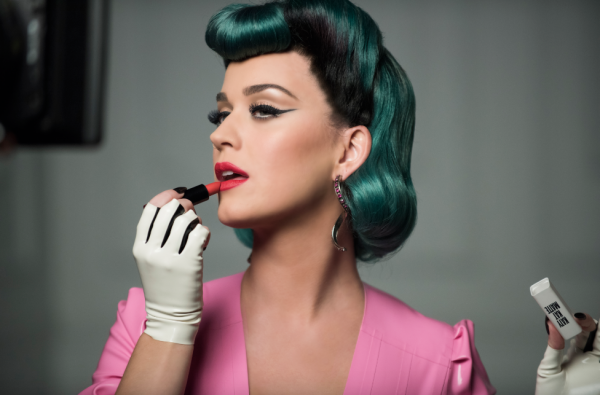 katy-perry-that-grape-juice-91010101019898909087