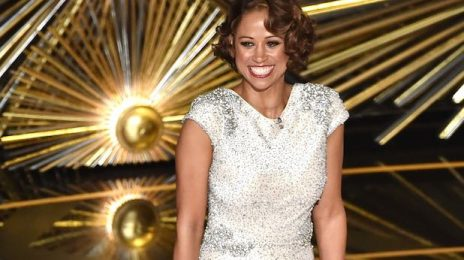 2016 Year In Review: Stacey Dash Is Still Clueless