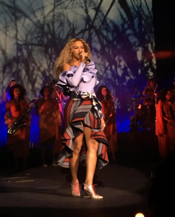 Watch beyonce performs all night drunk in love at parkwood