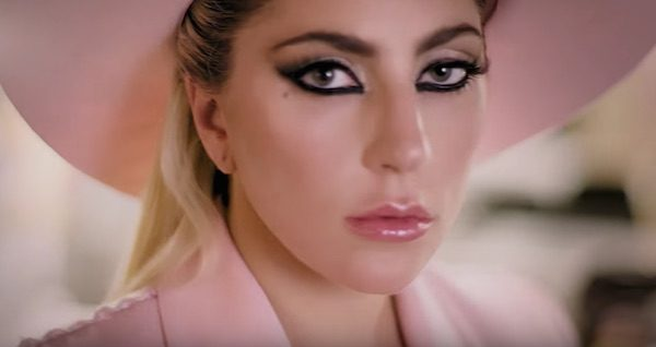 gaga-million-reasons-video-tgj