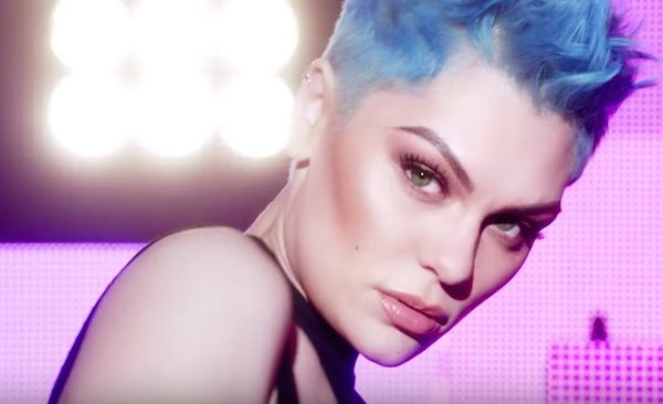 jessie-j-cant-eyes-make-up