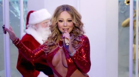 Watch: Mariah Carey Leaves Clothes At Home For 'Here Comes Santa Claus' Performance