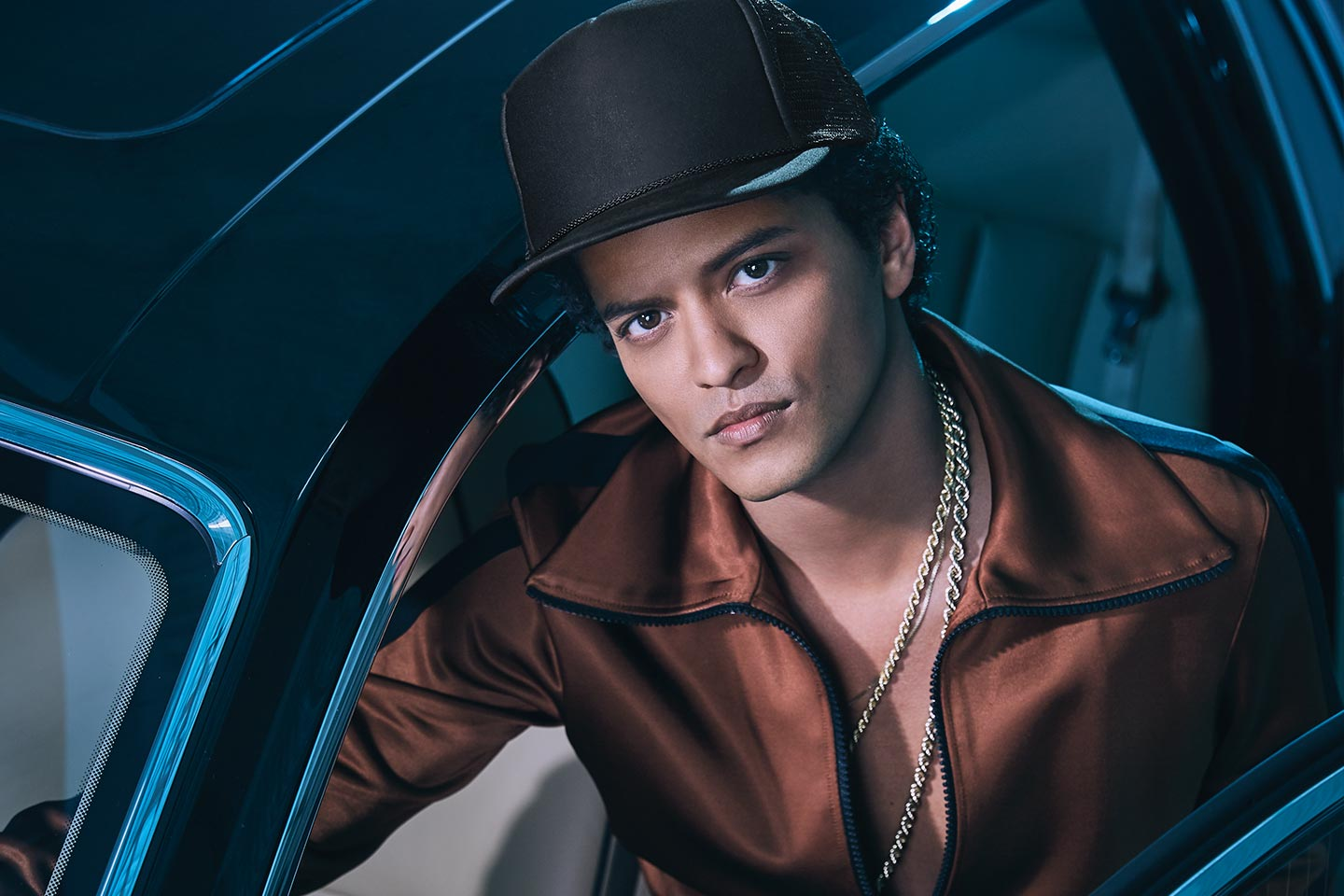 """does bruno mars write his own songs With mars' new album looming, the """"24k magic"""" crooner is soon going to be adding a bunch of brand new songs to his own catalog in the meantime, relive some of the best songs that he didn't write for himself -- songs released by adele, adam lambert, flo rida, and others."""