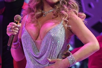 Mariah Carey Axes Creative Director After Dire Dick Clark Performance