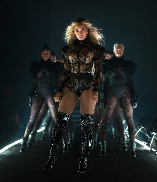 1e73dd3ac02 Beyonce is pulling out all the stops for her headlining set at Coachella.  Music s reigning queen ...