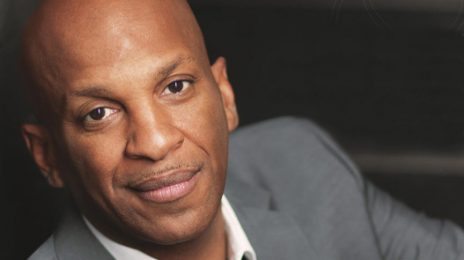 Donnie McClurkin Dragged on Twitter For Telling Christians To 'Stop Protesting Trump'