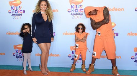 Mariah Carey & Nick Cannon Match With Twins At KCAs 2017
