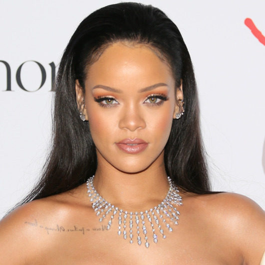 Rihanna hairstyle diamonds