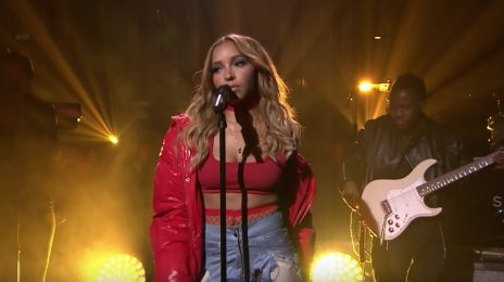Watch: Tinashe Performs 'Flame' On 'Fallon'