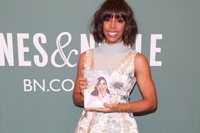 Hot Shots: Kelly Rowland Signs New Book 'Whoa, Baby'