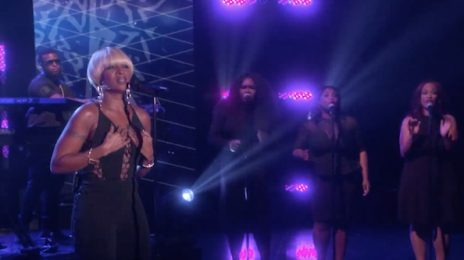 Watch: Mary J. Blige Belts Out 'Thick Of It' On 'Ellen'