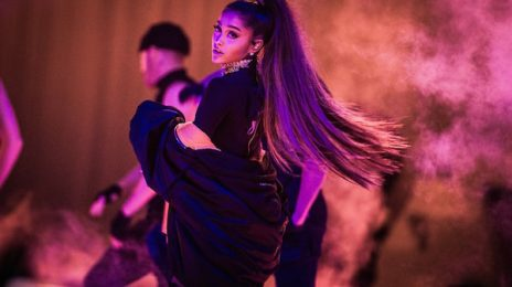 Celebrities React To Ariana Grande Manchester Concert Bombing