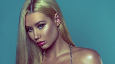 Yikes! Iggy Azalea Takes A Tumble In Chile [Video]