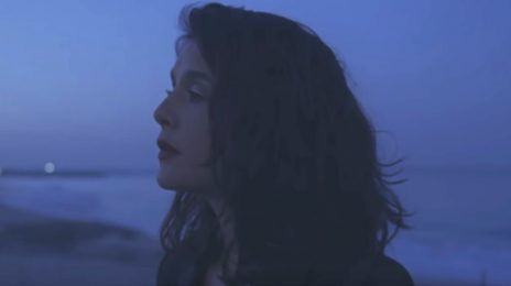 New Video: Jessie Ware - 'Midnight'