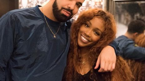 Hot Shots: Drake & SZA Pose It Up At 'The CTRL Tour'