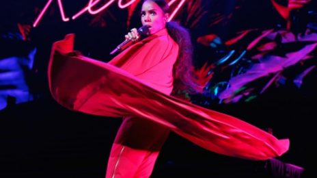 Kelly Rowland Debuts New Song 'Conceited' In Australia [Video]