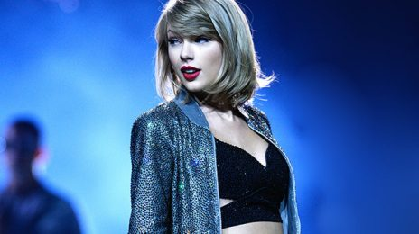 Taylor Swift's 'Reputation' Album Sells 700,000 - In One Day