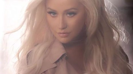 "Christina Aguilera Teases Comeback / Says ""New Things On The Horizon"""