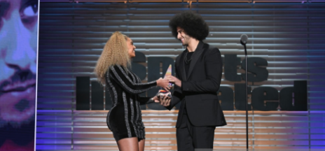 Beyonce Presents Colin Kaepernick With Muhammed Ali Award/ Rattles Racists With Speech