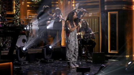Watch: SZA Rocks 'Tonight Show' With 'Supermodel' Live