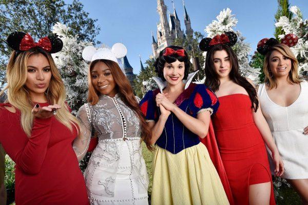 Fifth Harmony Christmas.Watch Fifth Harmony Perform At Disney Magical Christmas