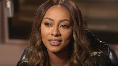 "Keri Hilson Breaks Down At Meeting with Psychic Medium / Reveals ""I Hit Rock Bottom"" [Video]"