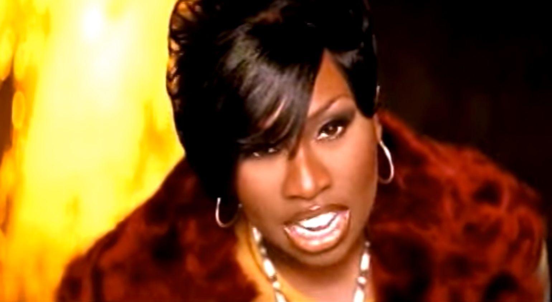 Retro Rewind: Billboard Hot 100 This Week in 2000 #TBT
