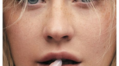 Christina Aguilera Kicks Off Comeback On Cover Of Paper Magazine
