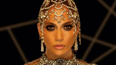 Watch: Jennifer Lopez Premieres New Spanish Single 'El Anillo' At Billboard Latin Music Awards