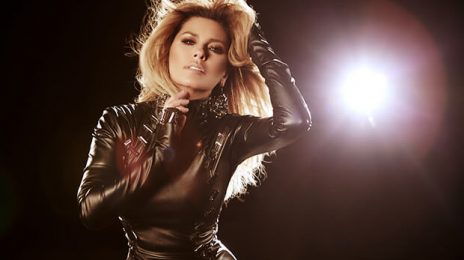 "Shania Twain Apologizes For Trump ""Support"" / Tries To Clarify Comment"