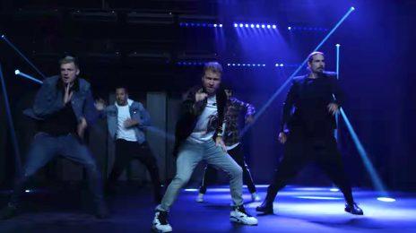 New Video: Backstreet Boys - 'Don't Go Breaking My Heart'