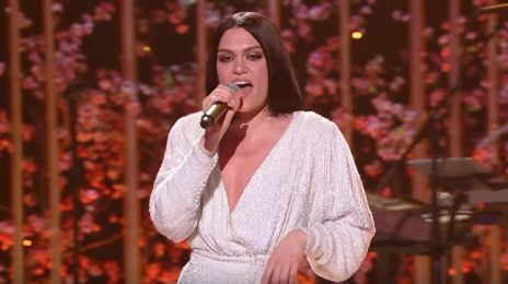 Watch: Jessie J Wows With 'Queen' & 'I'm Every Woman' At VH1's 'Dear Mama'