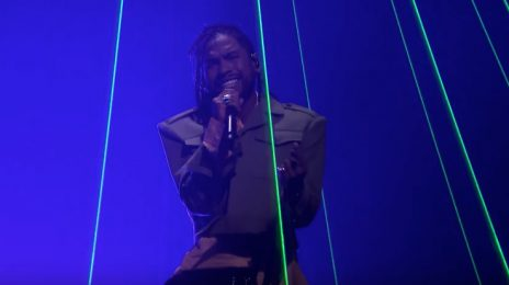 Watch: Miguel Performs 'Remind Me To Forget' With Kygo On 'Fallon'