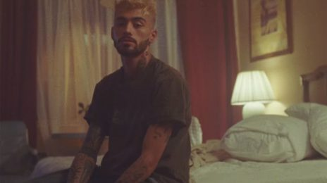 New Video:  ZAYN - 'Entertainer'