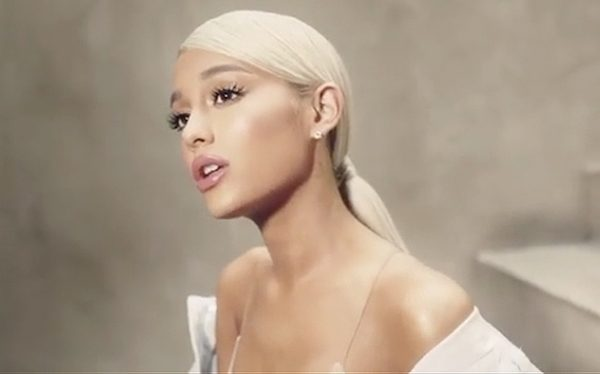 ariana grande sweetener - photo #4