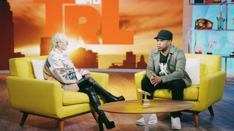 Christina Aguilera Returns To TRL / Talks Comeback, 'Liberation,' & More