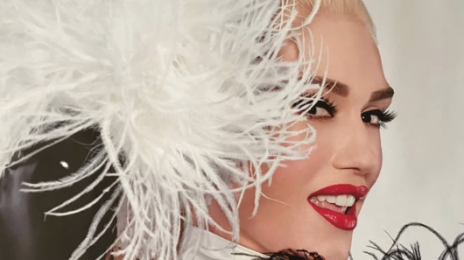 Watch: Gwen Stefani Performs 'Luxurious' Live In Las Vegas