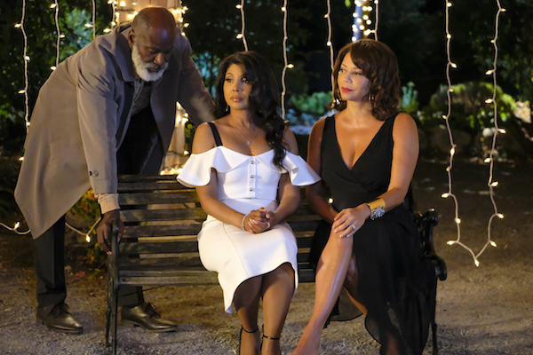 Toni Braxton To Star As Lead In Every Day Is Christmas
