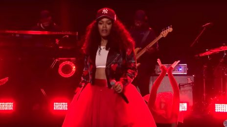 Teyana Taylor Performs 'Gonna Love Me' & 'Rose in Harlem' Medley On 'Fallon'