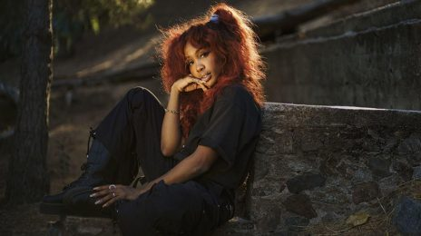 """SZA Talks """"That"""" Coachella Performance, Beyonce, & How Her First Label Wanted Her To Be The Next Jennifer Hudson"""
